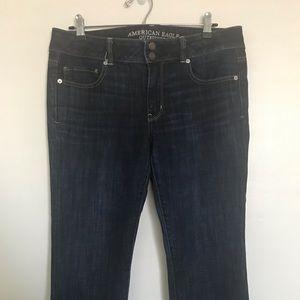 Capri American eagle dark denim jeans